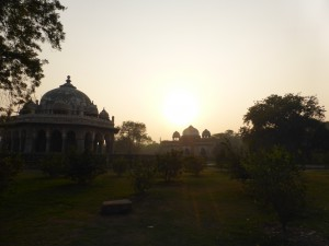 Smog is slowly arriving in the area around the Humayun's Tomb, in Delhi.